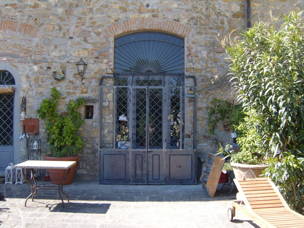 porta di carpenteria metallica